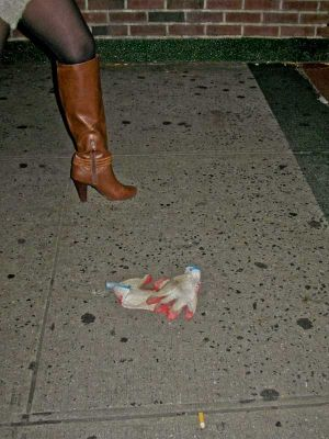 boot, glove, cig